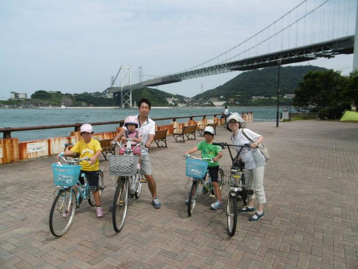 天野さん家族 自転車